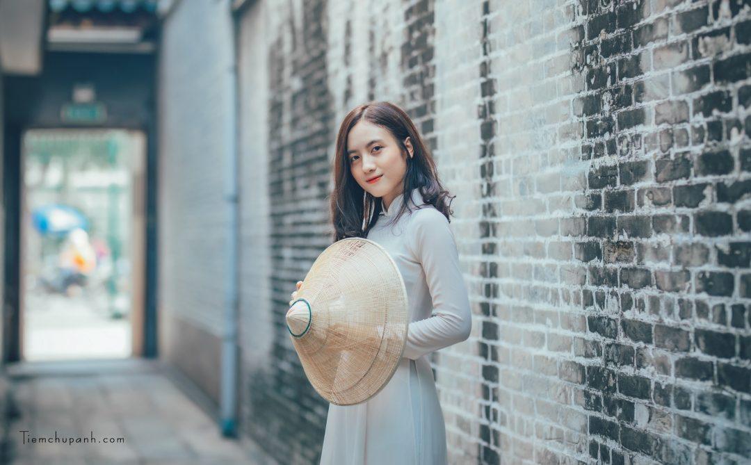 ảnh áo dài phụ nữ Việt Nam đẹp