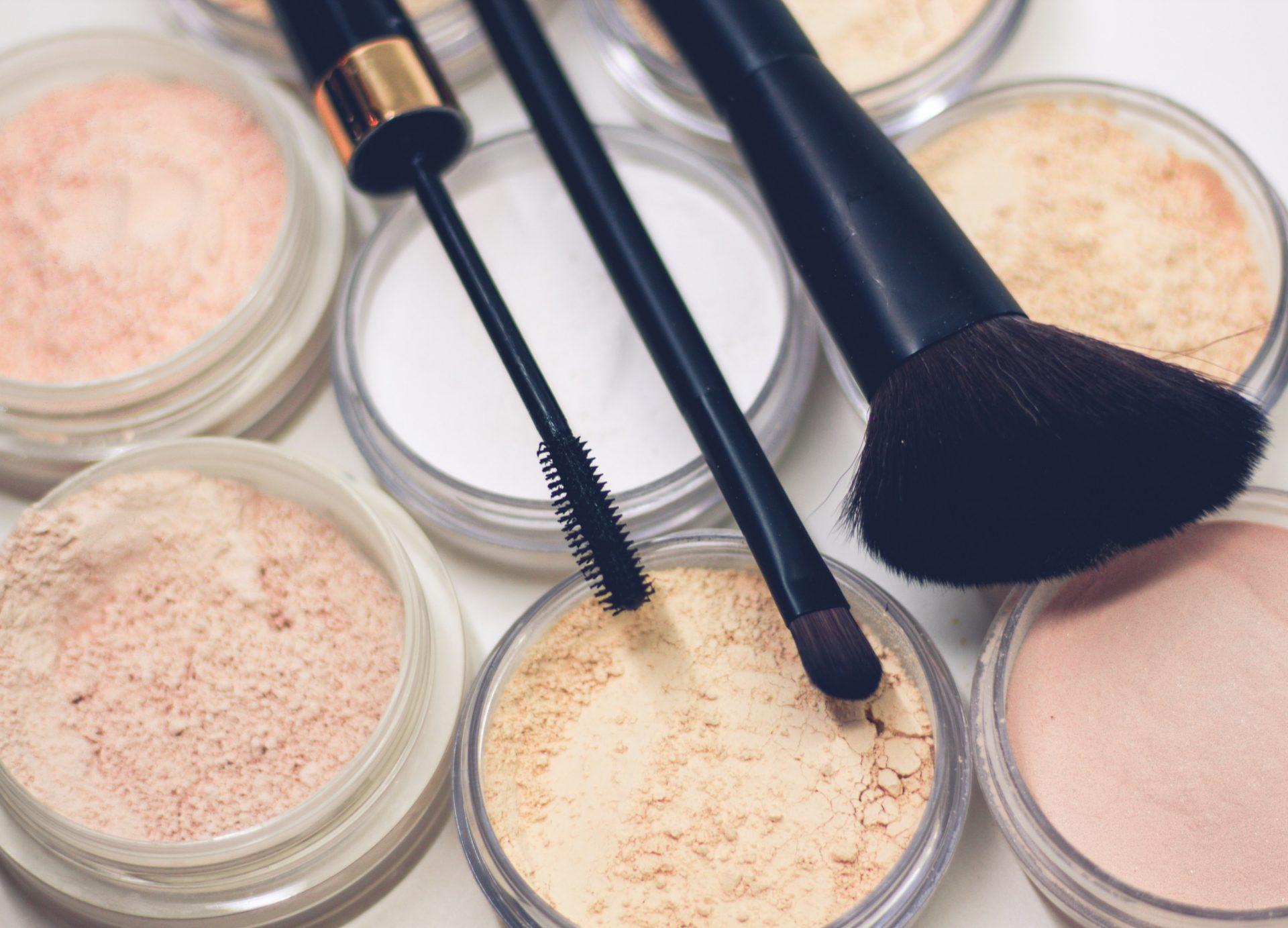 trang điểm makeup