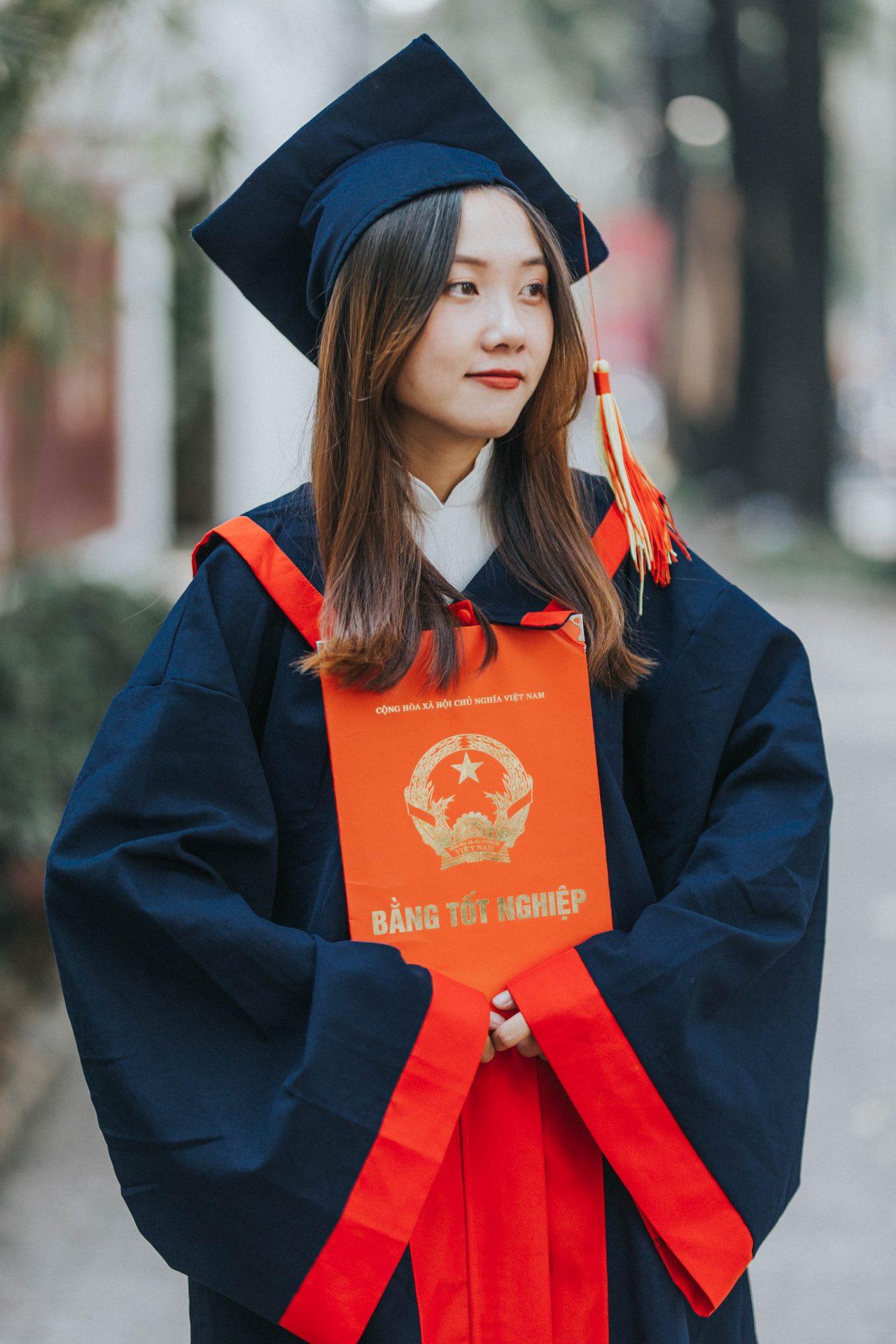 Chụp ảnh tốt nghiệp sài gòn
