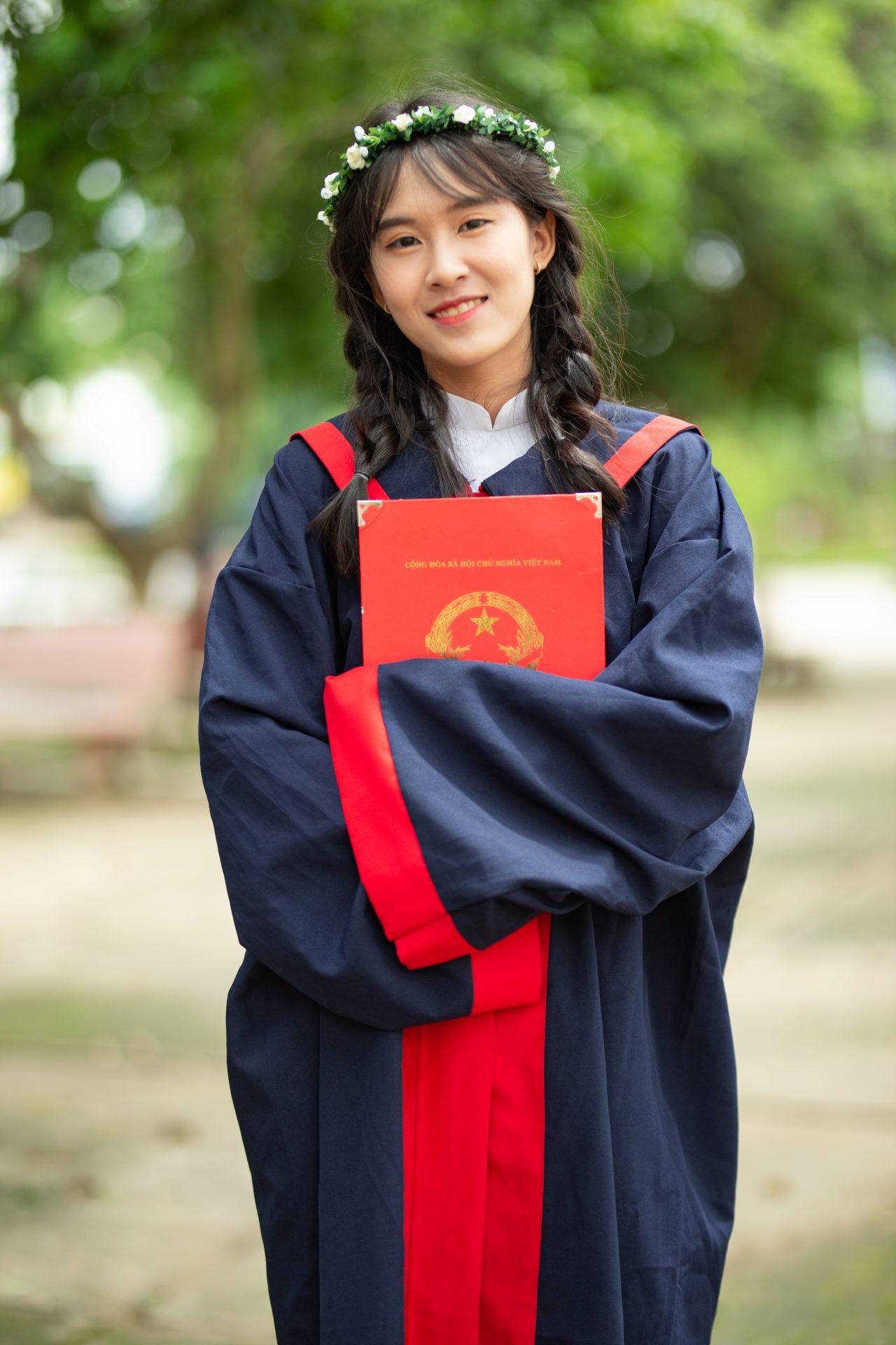 chụp ảnh tốt nghiệp