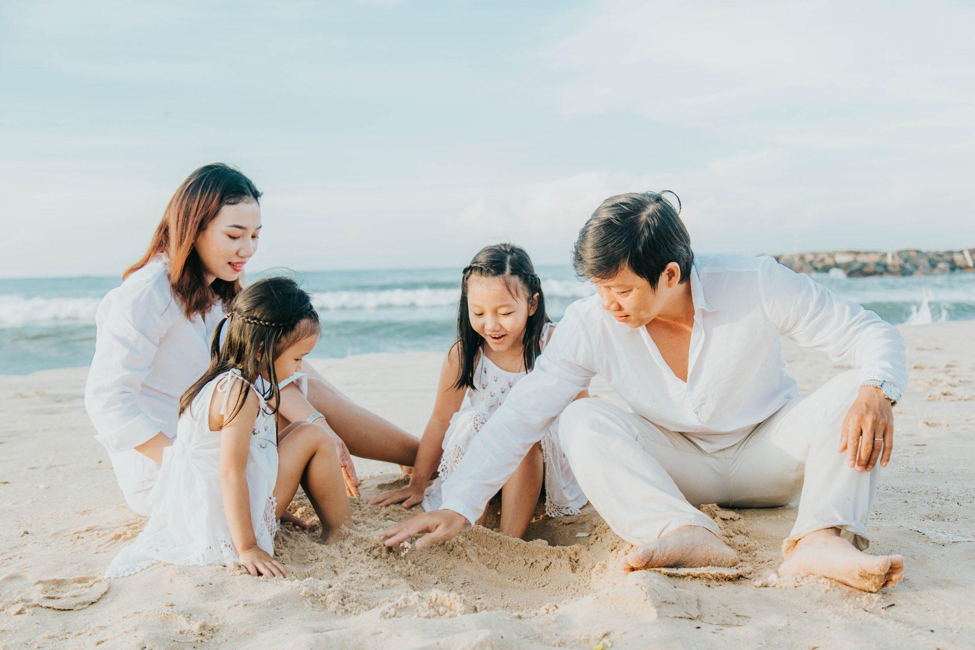 Chụp ảnh gia đình 4 người