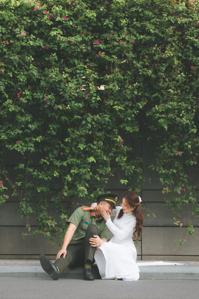 chụp ảnh cặp đôi học sinh