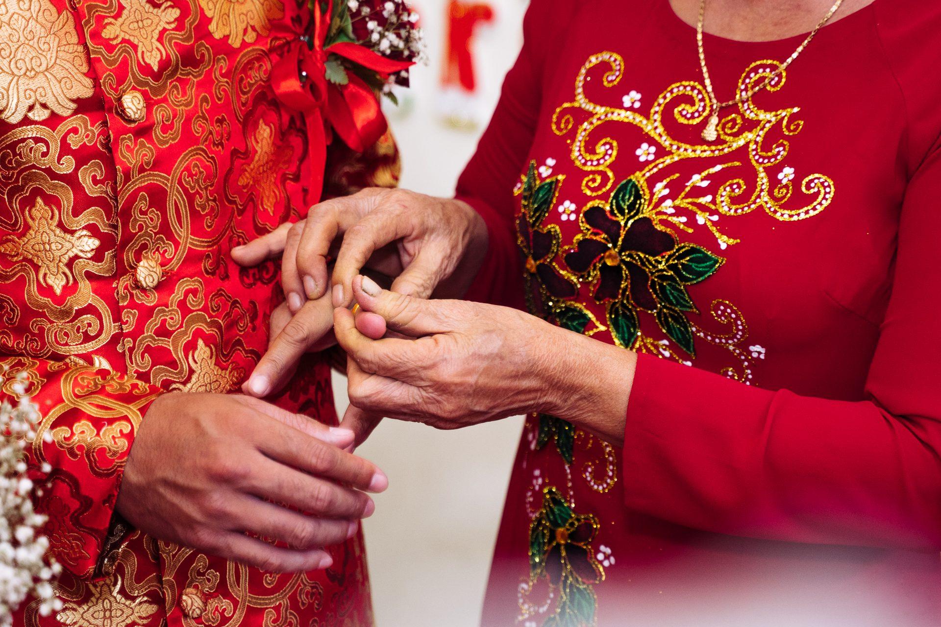 chụp hình cưới hỏi