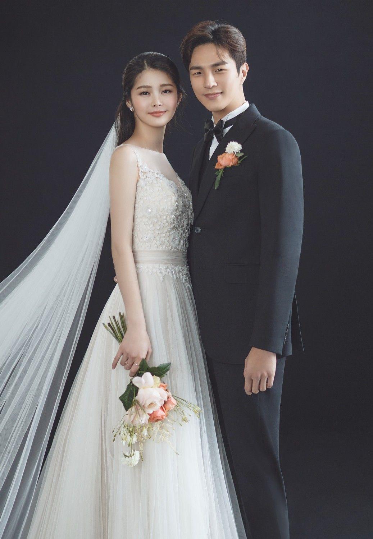 Chụp cưới Studio phong cách Hàn Quốc