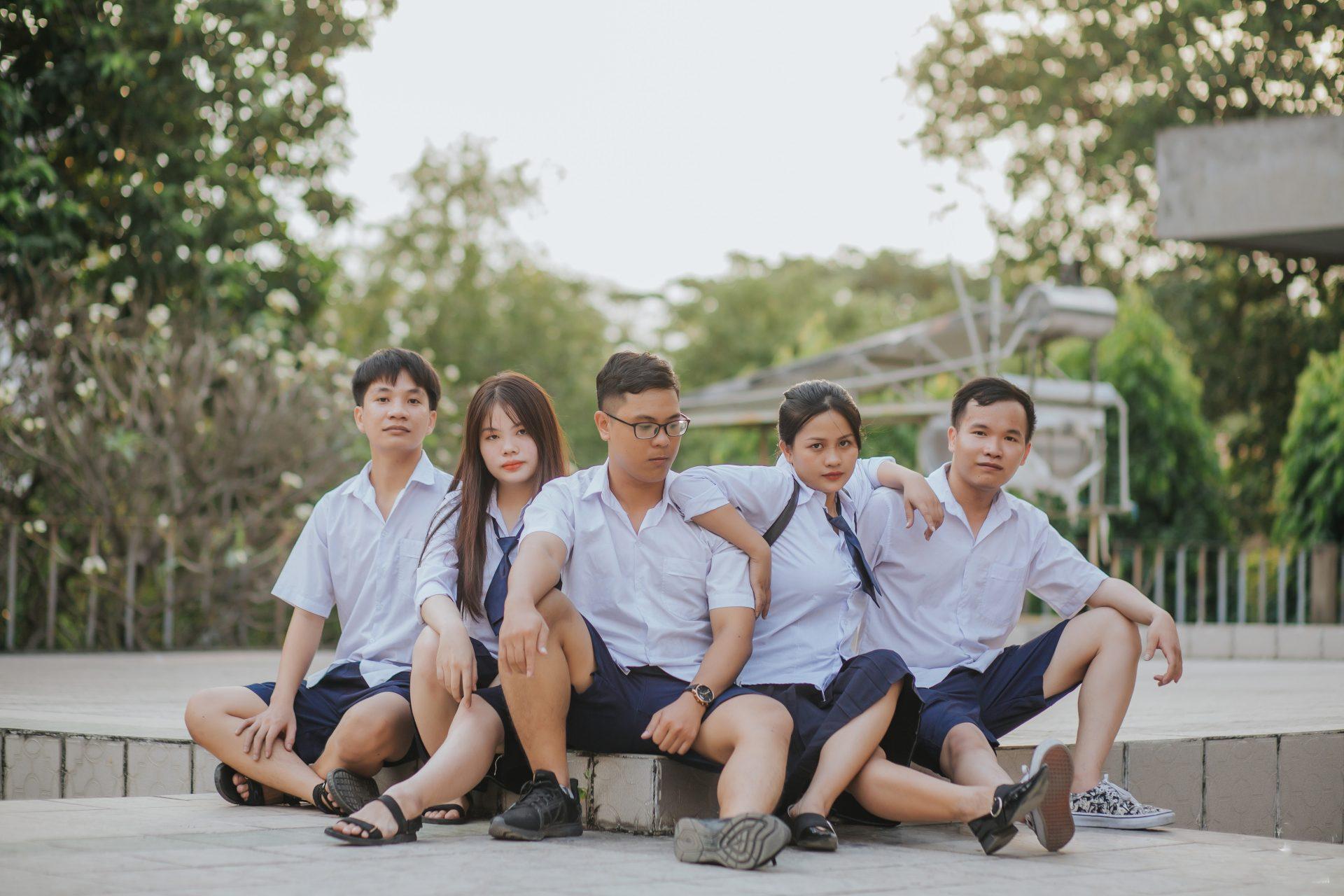 chụp ảnh nhóm 4 người đẹp