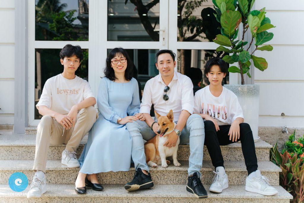 ảnh gia đình 4 người đẹp