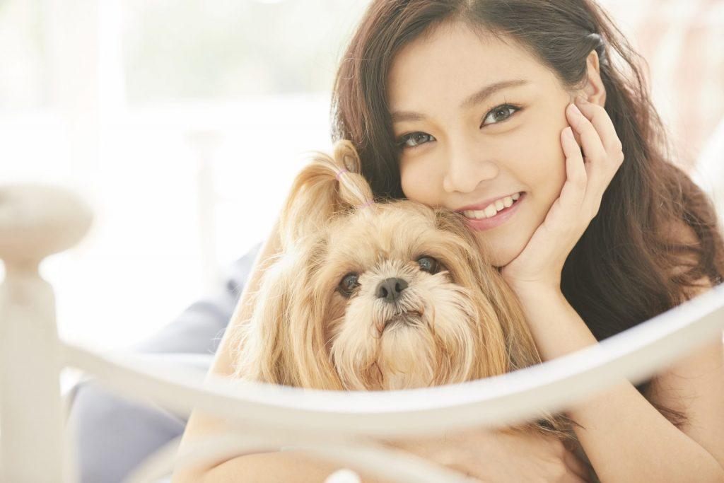cách chụp ảnh với chó cưng đẹp